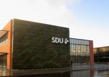 Syddansk Universitet (SDU) er nu afleveret efter godt samarbejde med Jakobsen & Blindkilde A/S